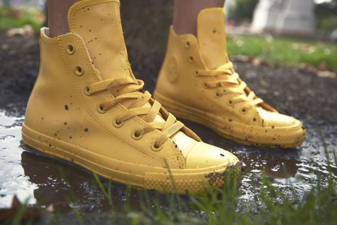 Last Minute Christmas Boots Shopping Now At Cheap Rates With Converse Promo  Code! 6f083ffa8f01
