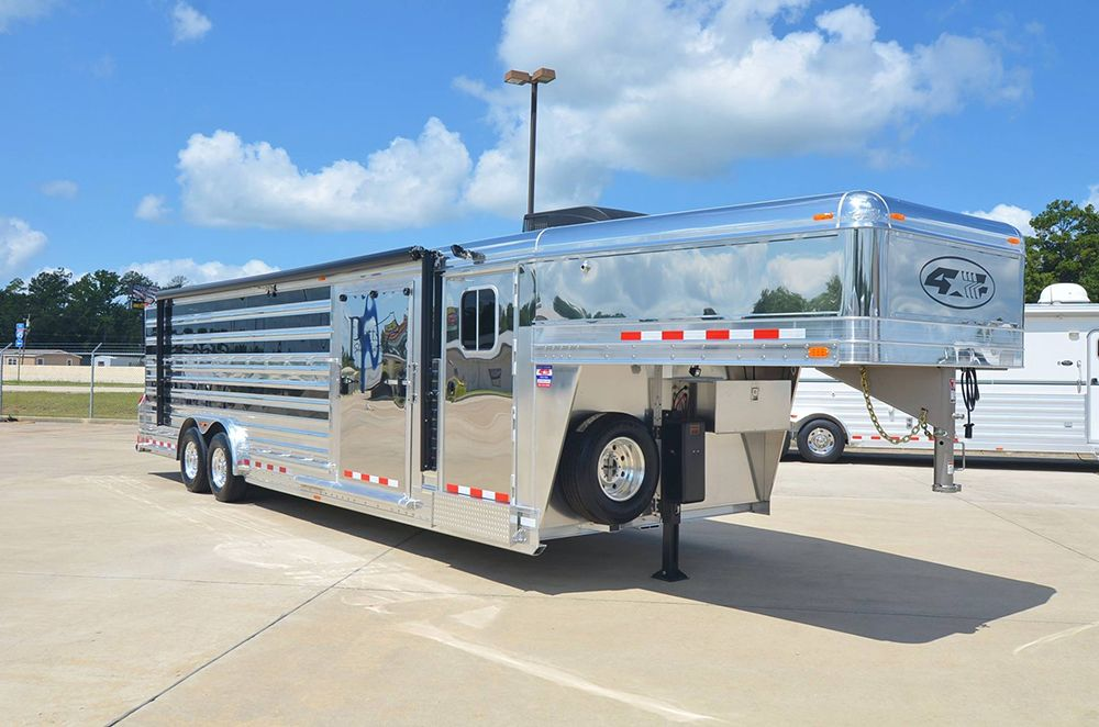 4 Star 28 Show Cattle Trailer Custom Ordered With Polished Slats Stainless Steel Nose Ramp Cs Door Werm F Cattle Trailers Star Trailer Aluminum Trailer