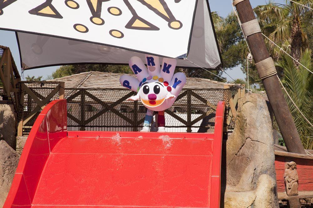 parky, mascota, mascote, holdays, vacaciones