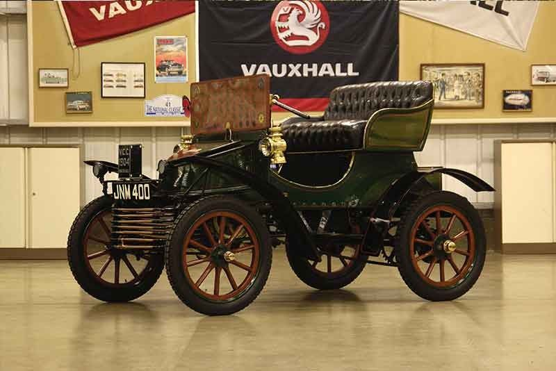 A variety of familiar and forgotten veteran cars line up for 2014 London to Brighton run Gladiator, Autocar, Argyll, Truchutet, Vauxhall are some of the #renault #vauxhall #veteran #classiccars #cars #carphile