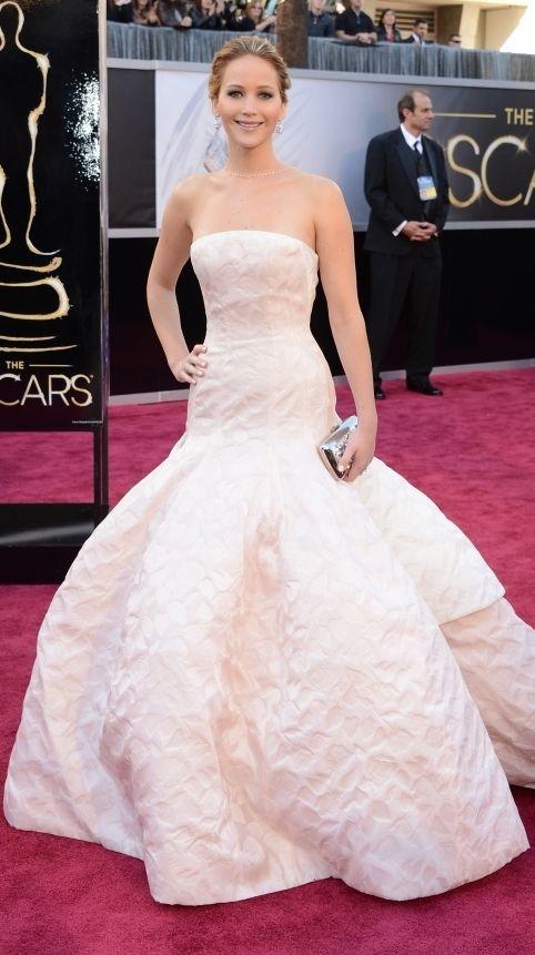 Jennifer Lawrence in Dior | Vestidos para el oscar ...