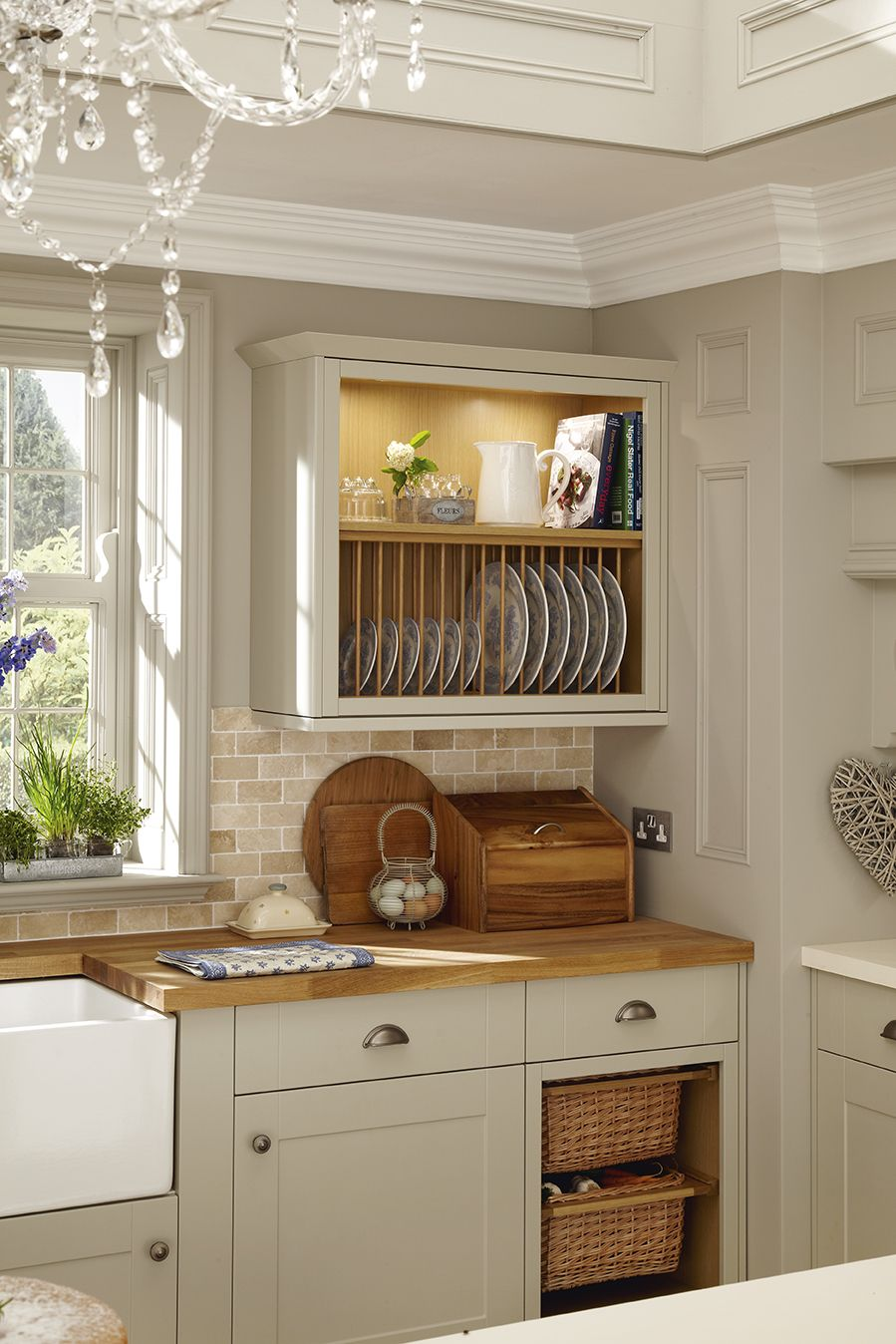 A plate rack and the basket drawers add a traditional feature to this grey shaker style kitchen. This is our Burford Grey kitchen range. & A plate rack and the basket drawers add a traditional feature to ...
