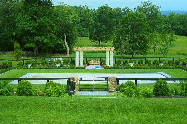 Leesburg, Va - built by Hunt County Pool Builders