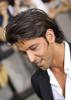 Hrithik Roshan Hair Google Search Hrithik Roshan Hairstyle Long Hair Styles Hrithik Roshan