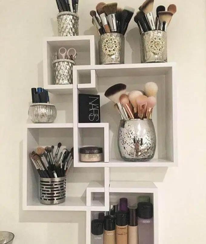 28 Diy Simple Makeup Room Ideas Organizer Storage And Decorating Small Bedroom Storage Makeup Room Diy Bedroom Storage