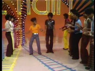 Love Waking Up On Saturday Morning Turning On The Tv To Watch Soul Train Still Doing The Soul Train Line Soul Train Soul Train Party Tv Show Family
