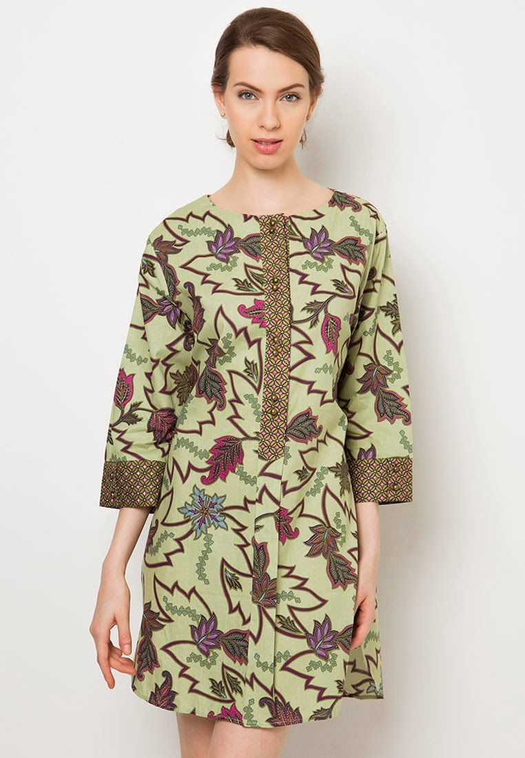 Model  Baju  Batik Kantor Danar Hadi  Model  baju  batik and