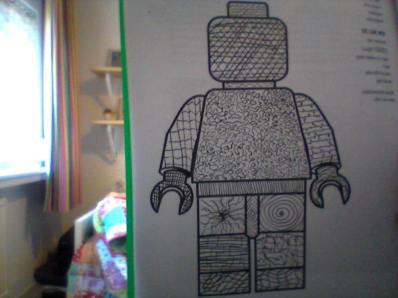 lego poppetje met lijn arcering