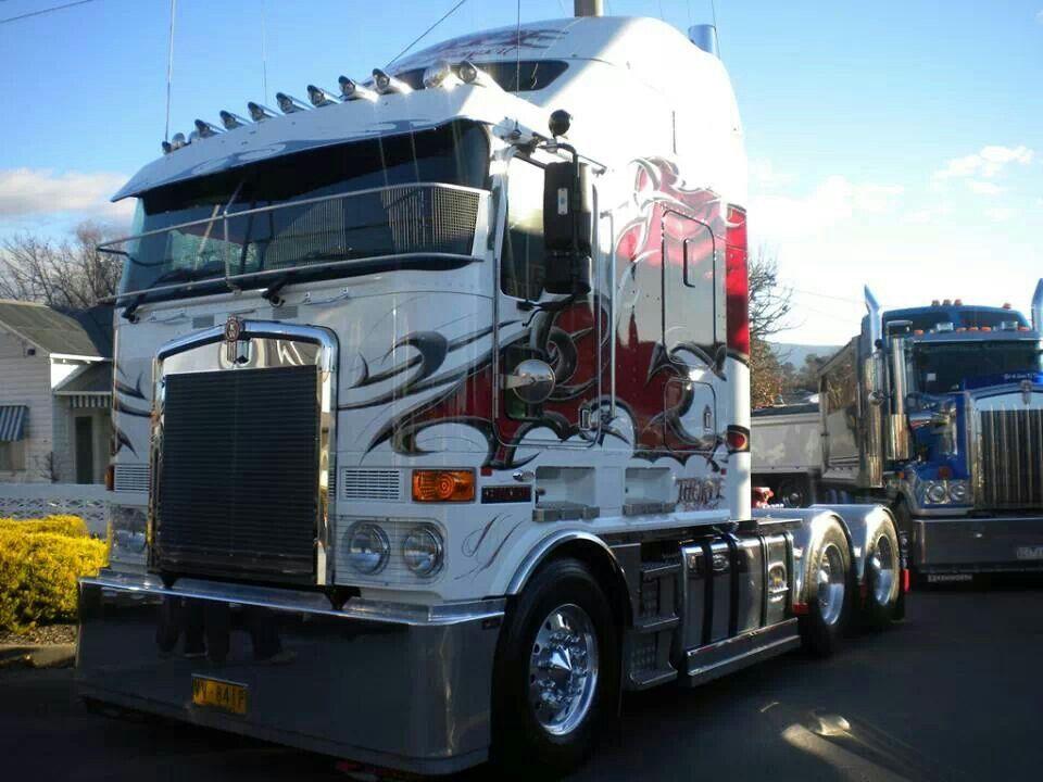 Cabover trucks semi truck cakes semi trucks