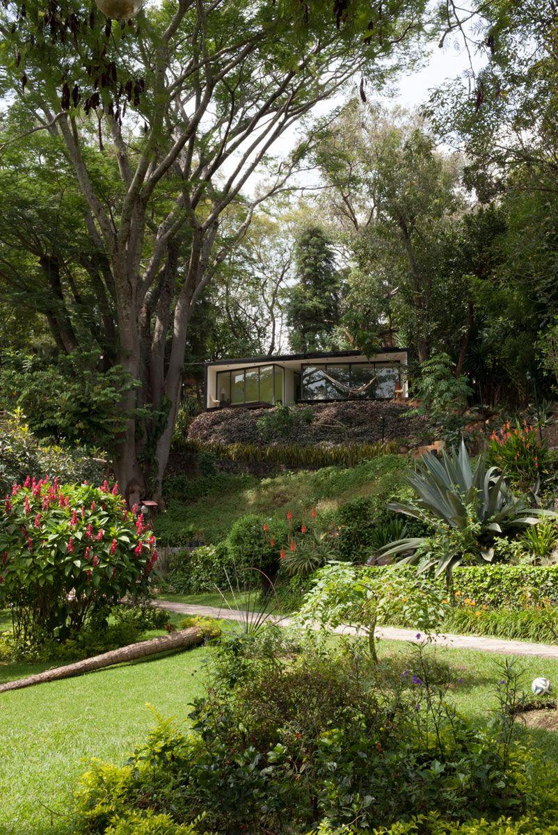 Bungaló LMM, Tepoztlán, México - Cadaval & Solà-Morales - foto: Sandra Pereznieto