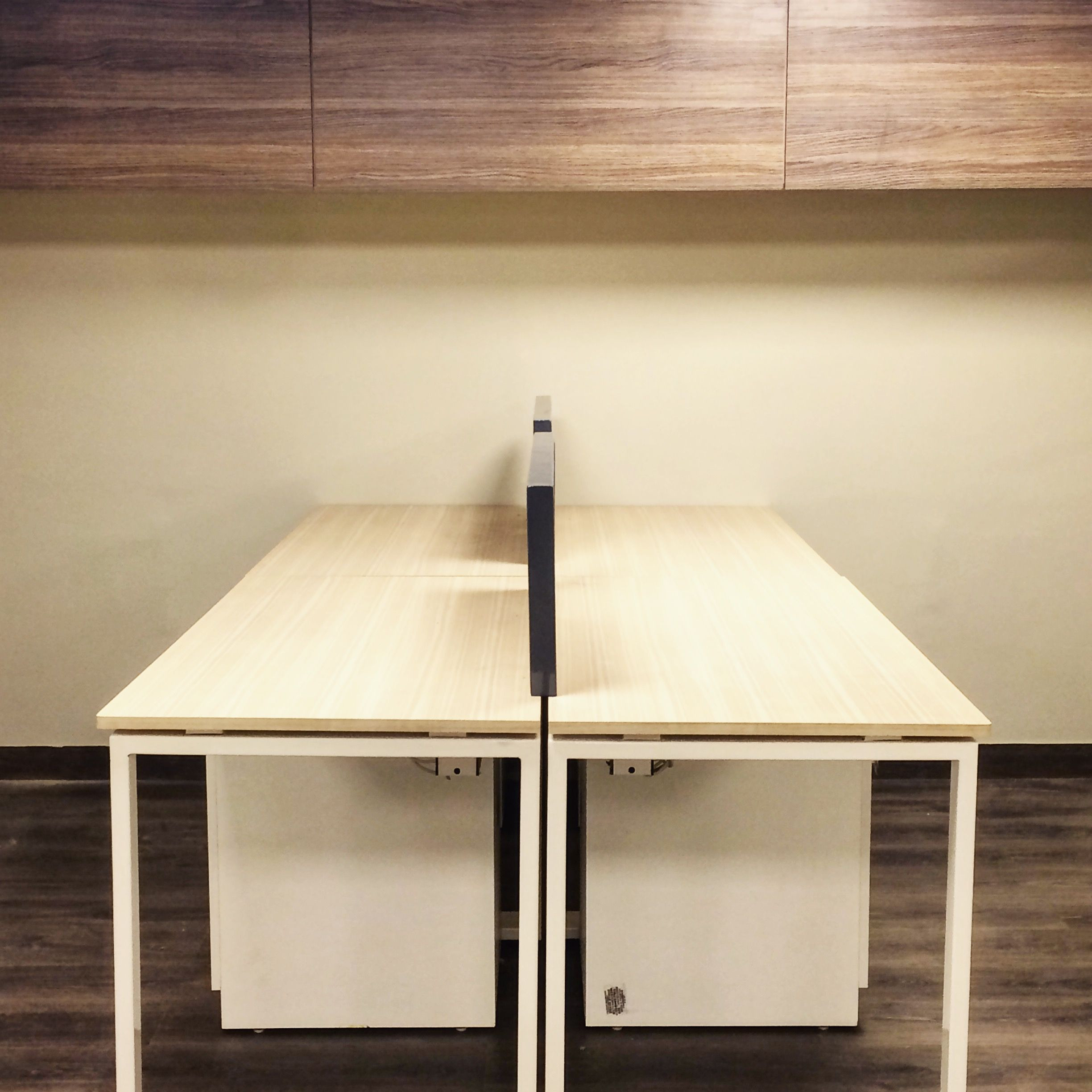Workstations For Ernst & Young Karachi Office By Ar. Zain