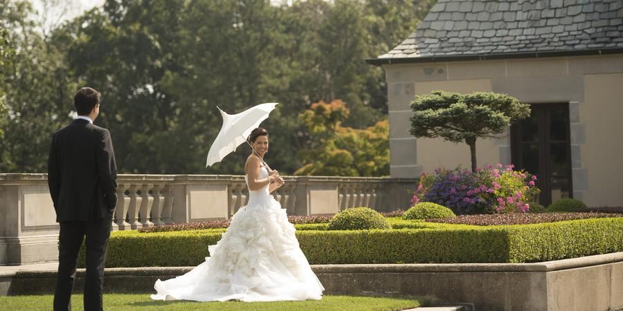 Oheka Castle Weddings Get Prices For Wedding Venues In Ny Oheka Castle Castle Wedding Wedding Prices
