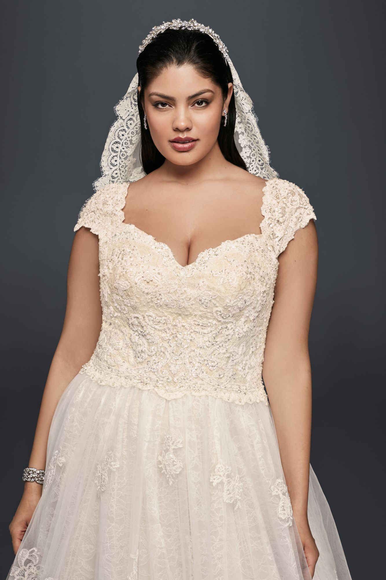 83b2a65ee687 Plus Size 8CWG768 Style Oleg Cassini Long Cap Sleeve Lace Wedding Dress