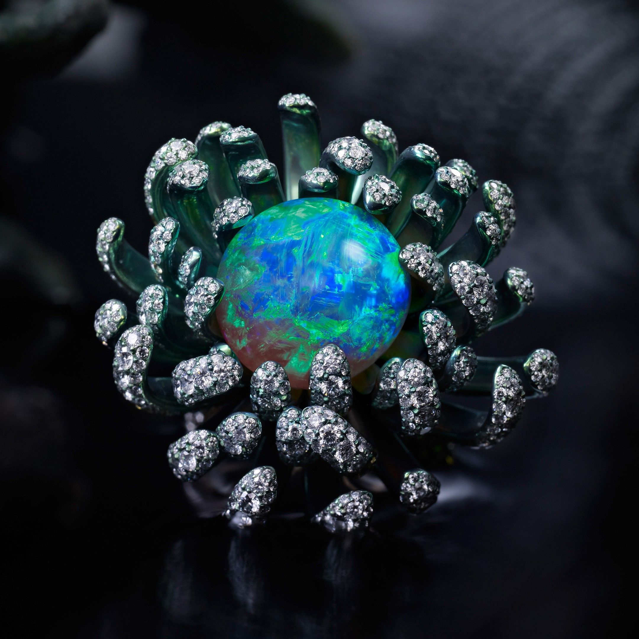 Chopard Flutters Into Spring With New High Jewellery Collection Chopard Jewelry Jewelry For Her Beautiful Jewelry