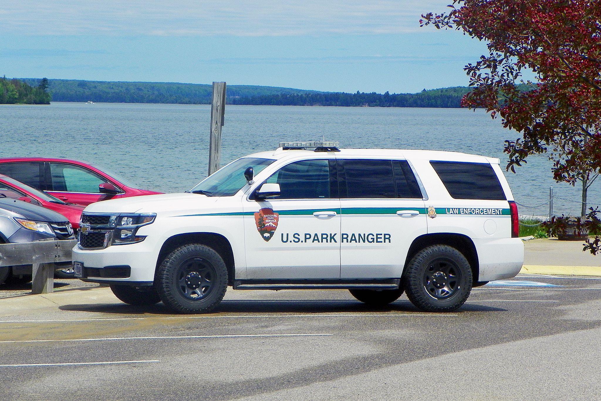 Nps Parkranger 0071 With Images Ranger Car Old Police Cars