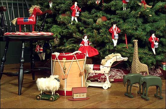 Toys Under The Craft House Christmas Tree Colonial Christmas