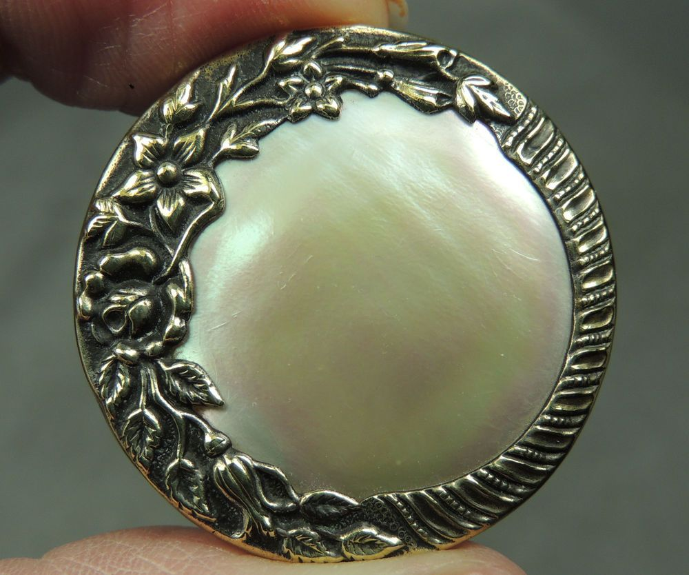 Brass Pearl Button