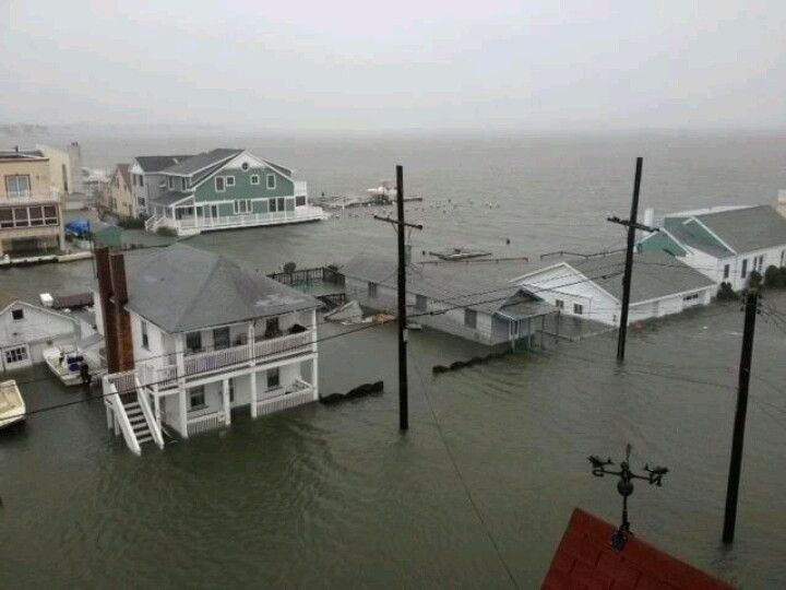 Ocean City NJ -- hurricane Sandy 10th & the Bay, before