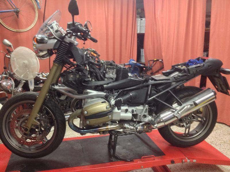 The new project of my friend / el nuevo proyecto de mi amigo: @marcosexc #BMW #R1150R  #UltimaHora #lastminute