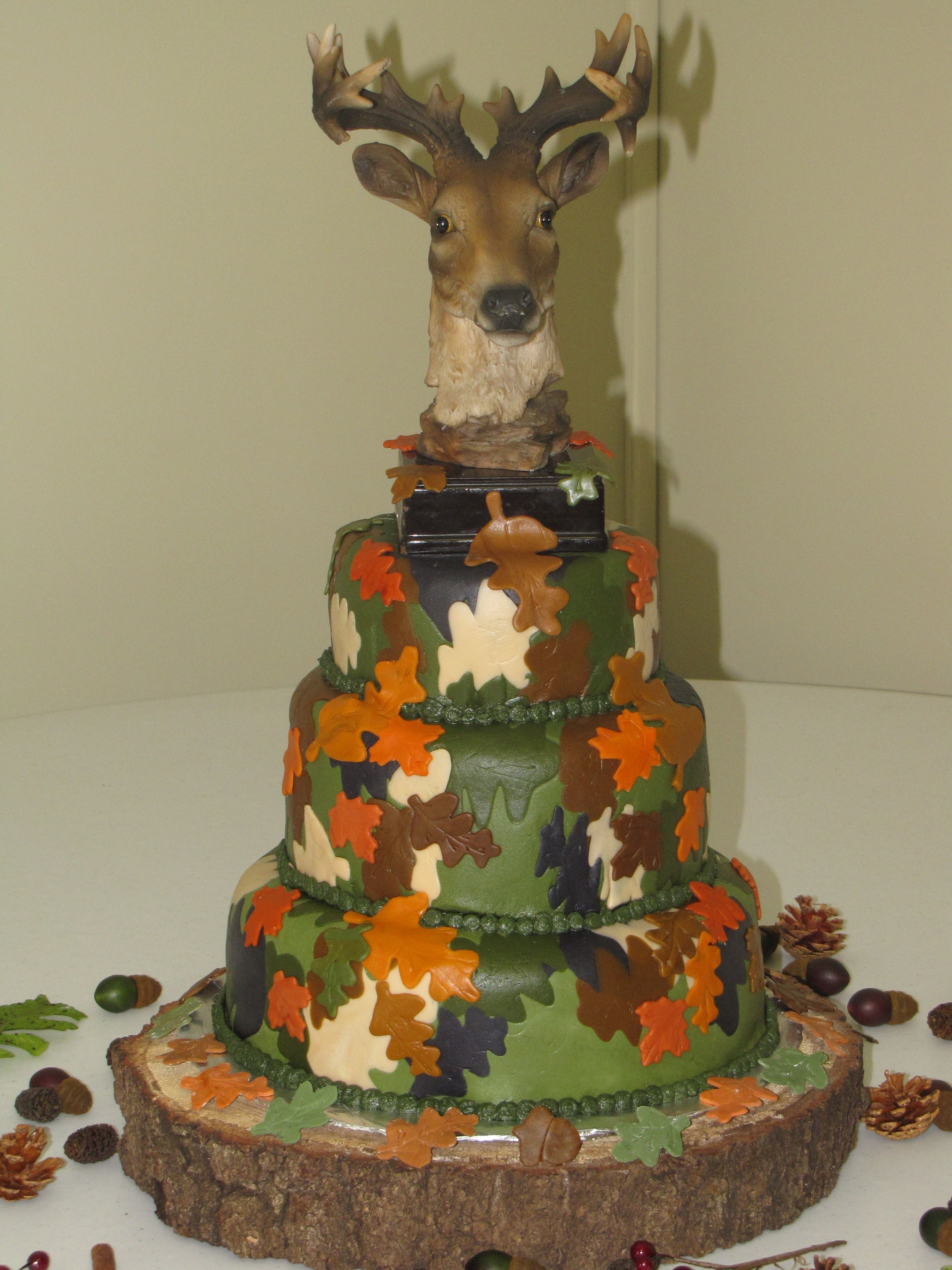 Deer Camo Cake Made This For A Friends Husbands 30th