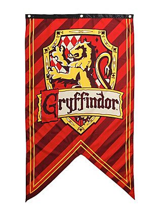 Harry Potter Gryffindor Shield Banner Hot Topic Exclusive,