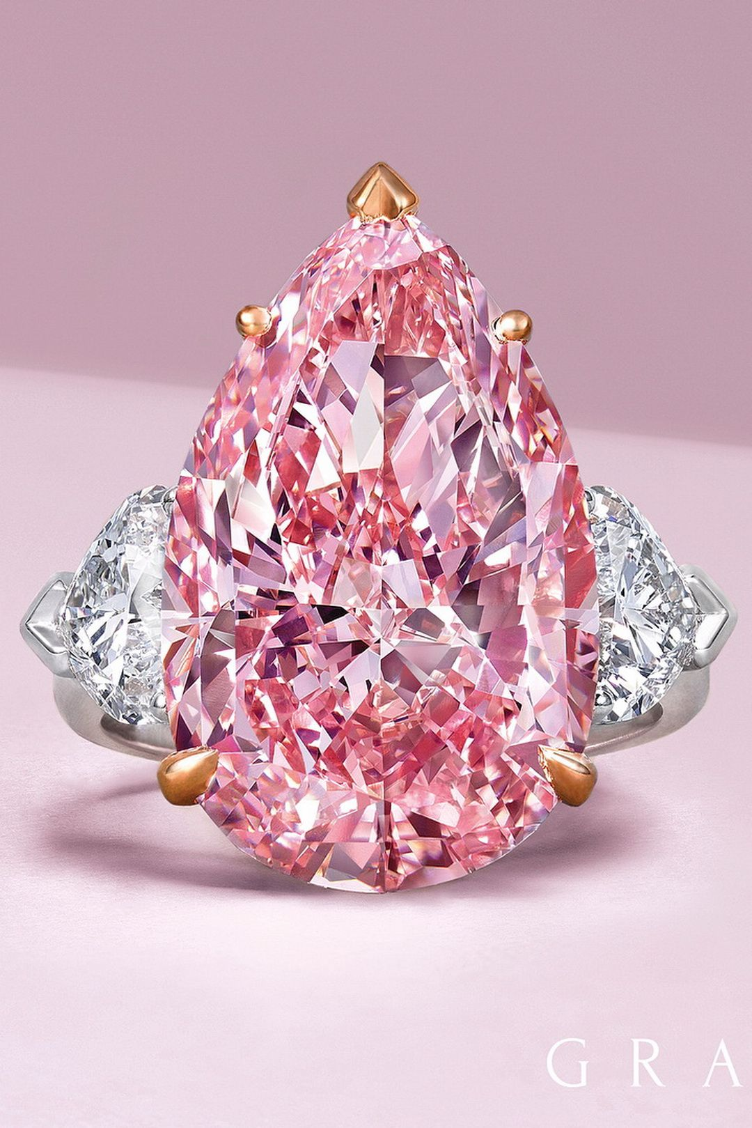 💖 50 Fancy Pink Diamonds From The Private Collection   Diamond ...