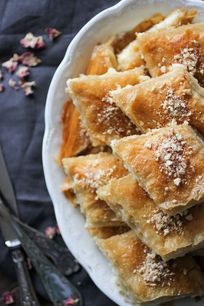 Namoora Egyptian Sweet Phylo Pie With Ricotta Cream Filling Wow Recipe Recipes Dessert Recipes