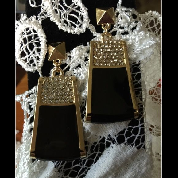 """Black & Gold Earrings 1"""" wide at the widest; 1 3/4"""" long.  Costume Jewelry Jewelry Earrings"""