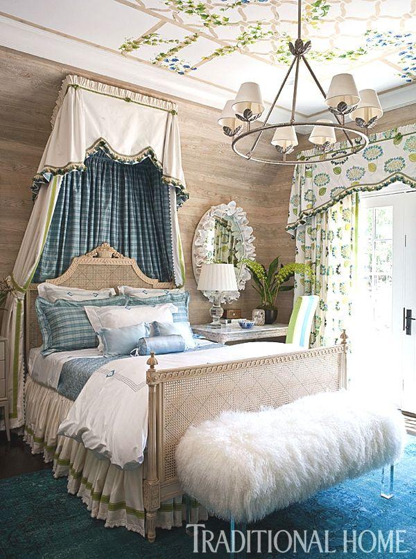Bedroom by Barbara Ostrom: Hampton Designer Showhouse 2013