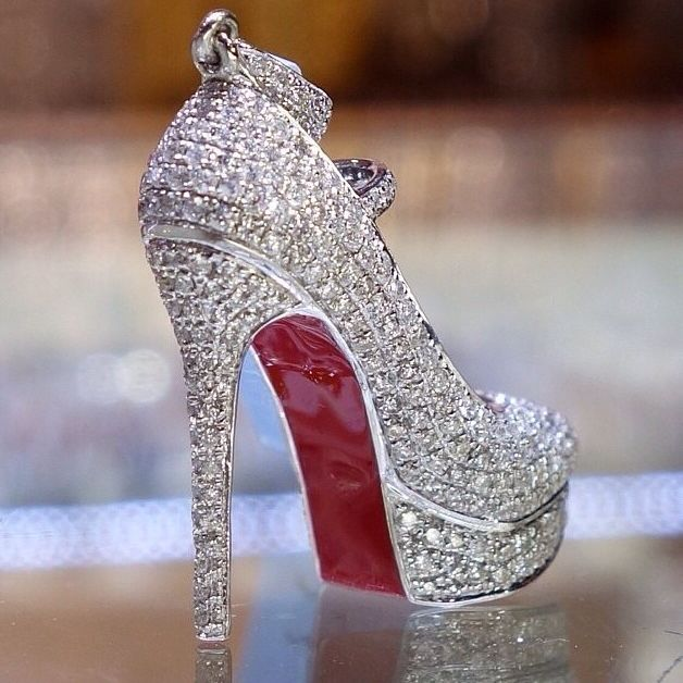 Silver wedding shoes, Silver shoes