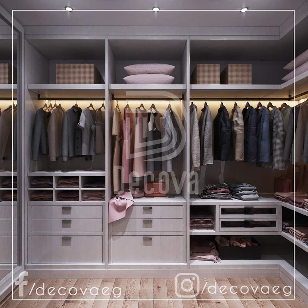 غرفة ملابس Dressing Room مودرن بسيطة وأنيقة من تصميمنا Dressing Room Decor Dressing Room Design Closet Design