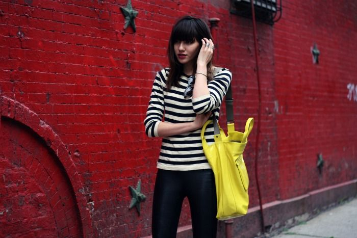 Natalie Off Duty: ECHO DESIGN: An Overflowing Bag