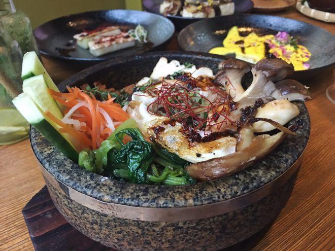 CON THO IN BERLIN THE NEW VEGAN ASIAN RESTAURANT TO LOVE - vegane küche berlin