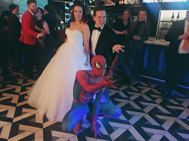 Spider-Man heard these two were getting married yesterday so he decided to swing by! #thenewlywards 💕 Vendors: Venue @drakeonefifty  Photographer @saramonikaphoto  Coordination @cakeandchampagneevents  DJ @evolvedent  Entertainment @tinopopviolin  Decor @tuftsandtoile  Hair/MUA @alldolledupstudio  Florals @coolgreenandshady  Thank you to an amazing team of vendors! ✨ And huge thanks to my lovely assistants @aliciajenelleevents, @ms.leeannenash and Cece 💕 by cakeandchampagneevents…