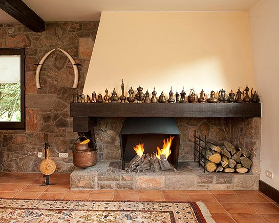Modelos de chimeneas de obra rusticas para casas bonitas for Chimeneas esquineras de lena