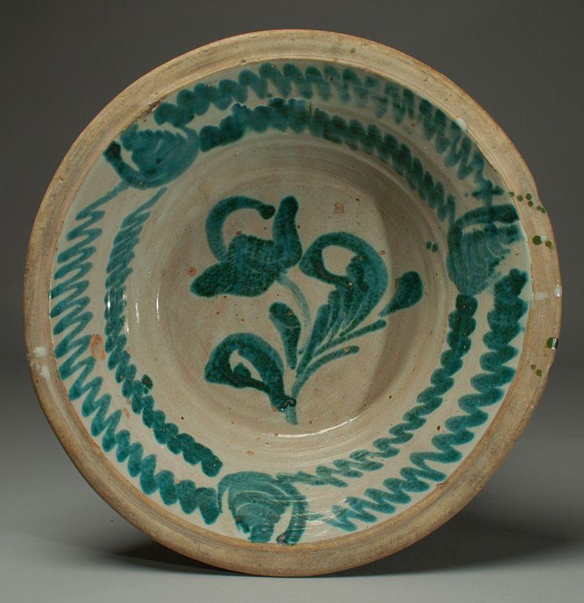 Spanish stoneware 'lebrillo' with beautiful 'morisco' green glaze over a milk white slip, Granada, circa 1860.