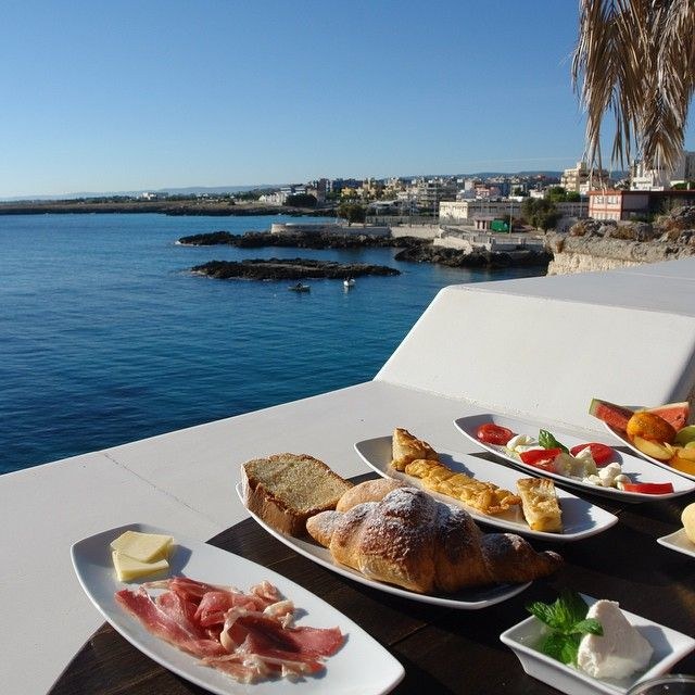 Breakfast with a view #sunshine #sea #mare #enjoy #life #exotic #fruits #croissant #coffee #beach #wonderful #day #holiday #caprese