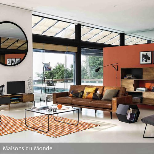 Offener Wohnbereich mit Fensterfront | Minimalistische Einrichtung ...