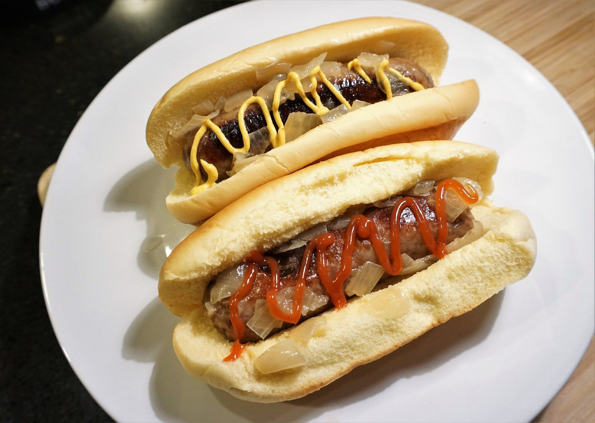 Beer brats with images beer brats sausages in the