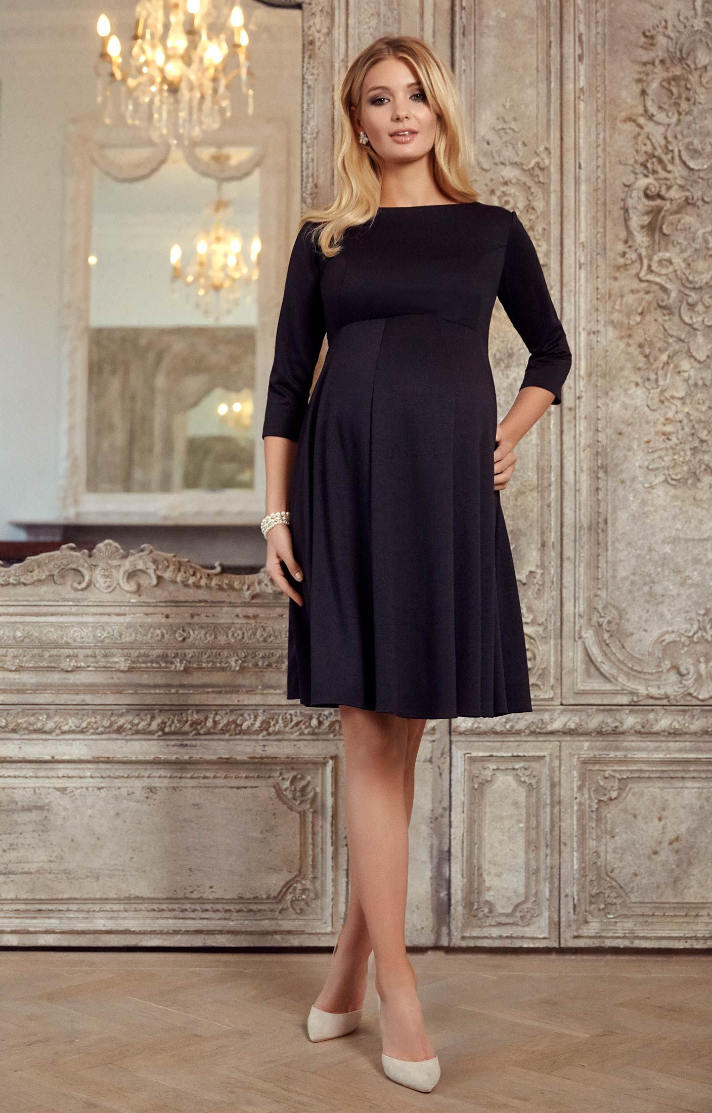 1b2b69eab496b Sienna is your dream dress throughout pregnancy. With a classic boat  neckline in our exquisite Ponte Roma jersey for the most wonderful drape.