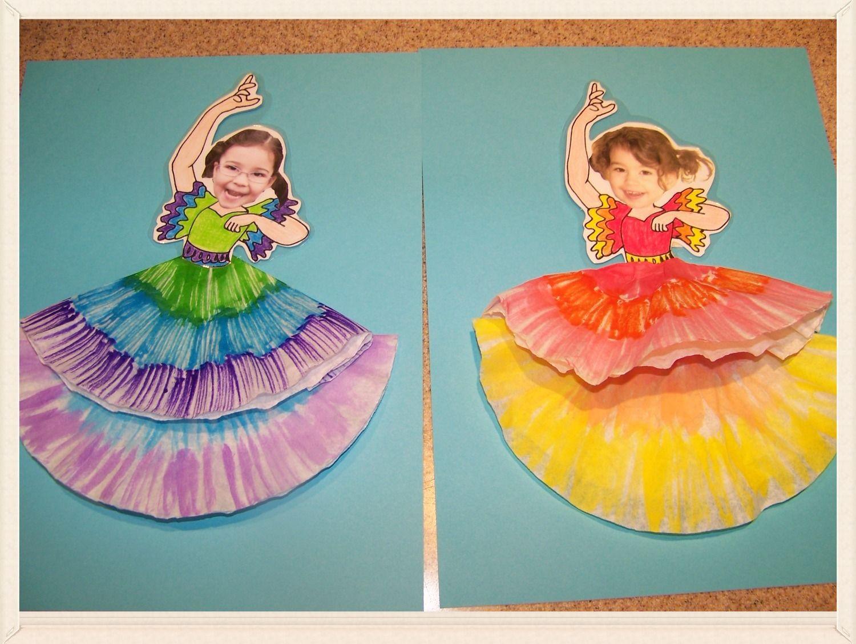 Spanish Dancers For Cinco De Mayo Maracas Craft