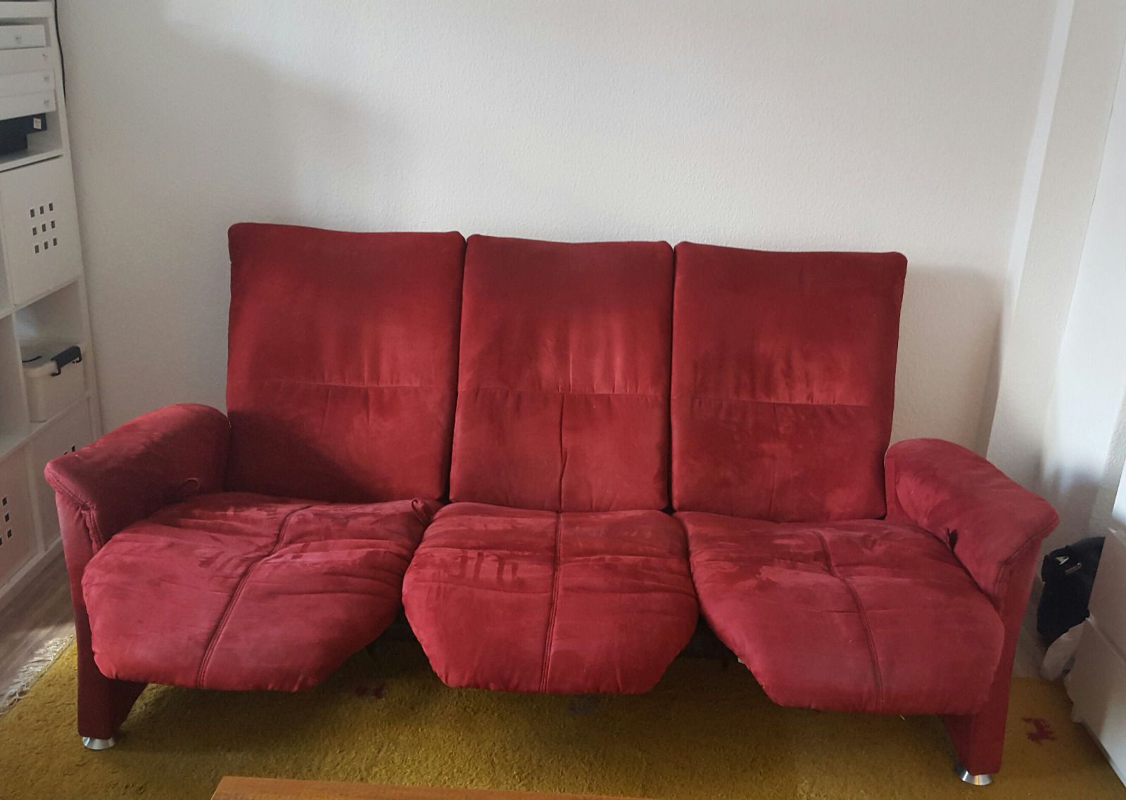 himolla sofa dreisitzer funktionssofa bordeaux rot ebay. Black Bedroom Furniture Sets. Home Design Ideas