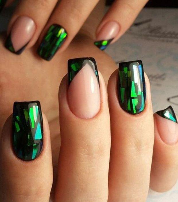 La terrible manucure empoissonnée de Maléfique | Nails inspiration ...