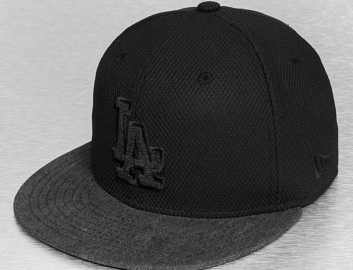 Los Angeles Dodgers Black Graphite Diamond Era 59Fifty Fitted Baseball Cap  by NEW ERA x MLB a1044830dd11