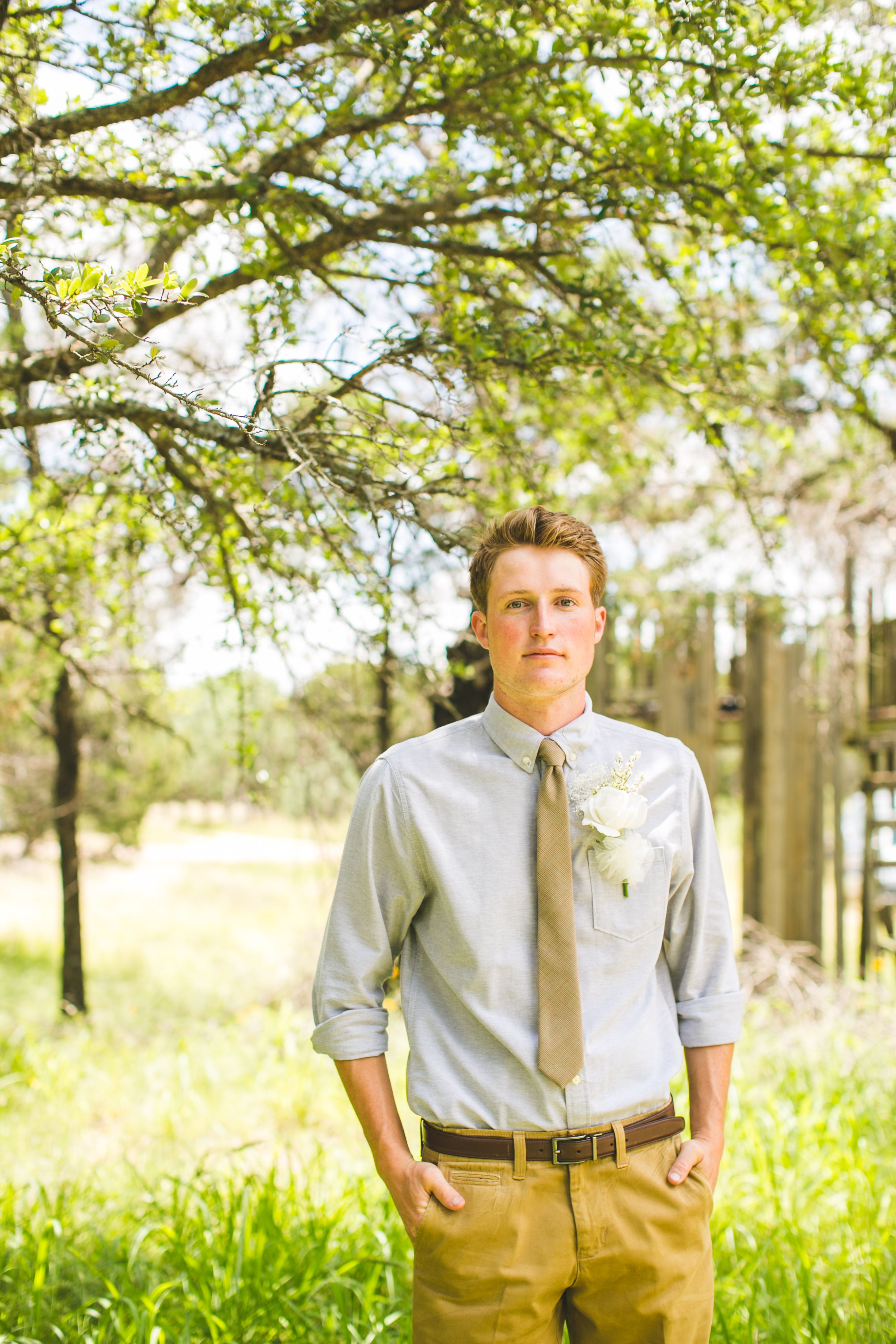 Casual groom outdoor wedding attire | Outdoor wedding ...