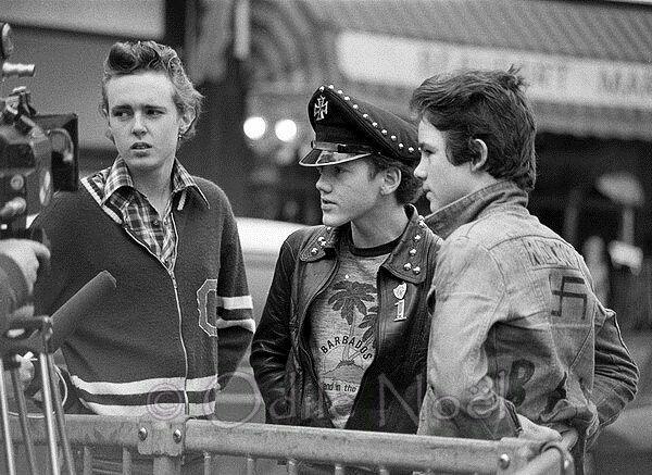 Punks, 1977
