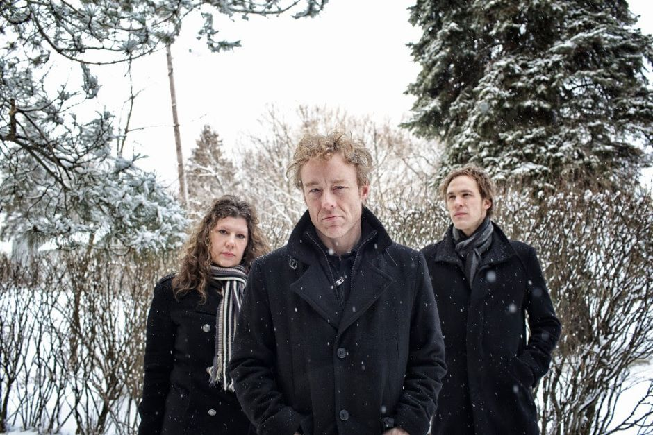 """Low Share Heartfelt New song """"Some Hearts (At Christmas Time)"""" - On the eve of Low's UK & Ireland tour – on which they're set to play tracks from their seminal 1999 EP Christmas – the Duluth trio present a reflective […]"""
