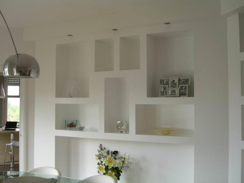 Costruire Mensole Per Libreria A Muro.Come Realizzare Mensole In Cartongesso Arredamento Nicchia