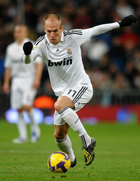 online store fec36 ff644 Arjen Robben in Real Madrid v Racing Santander - La Liga ...