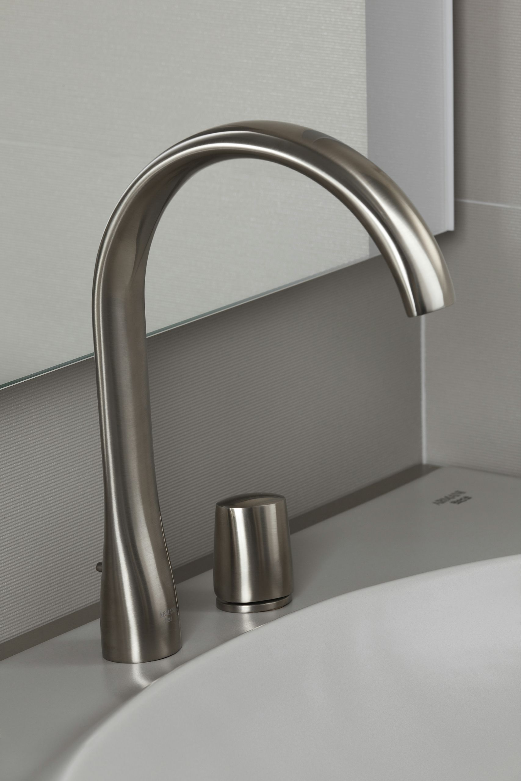 Washbasin single side lever faucet by Armani Roca | Aluminium ...